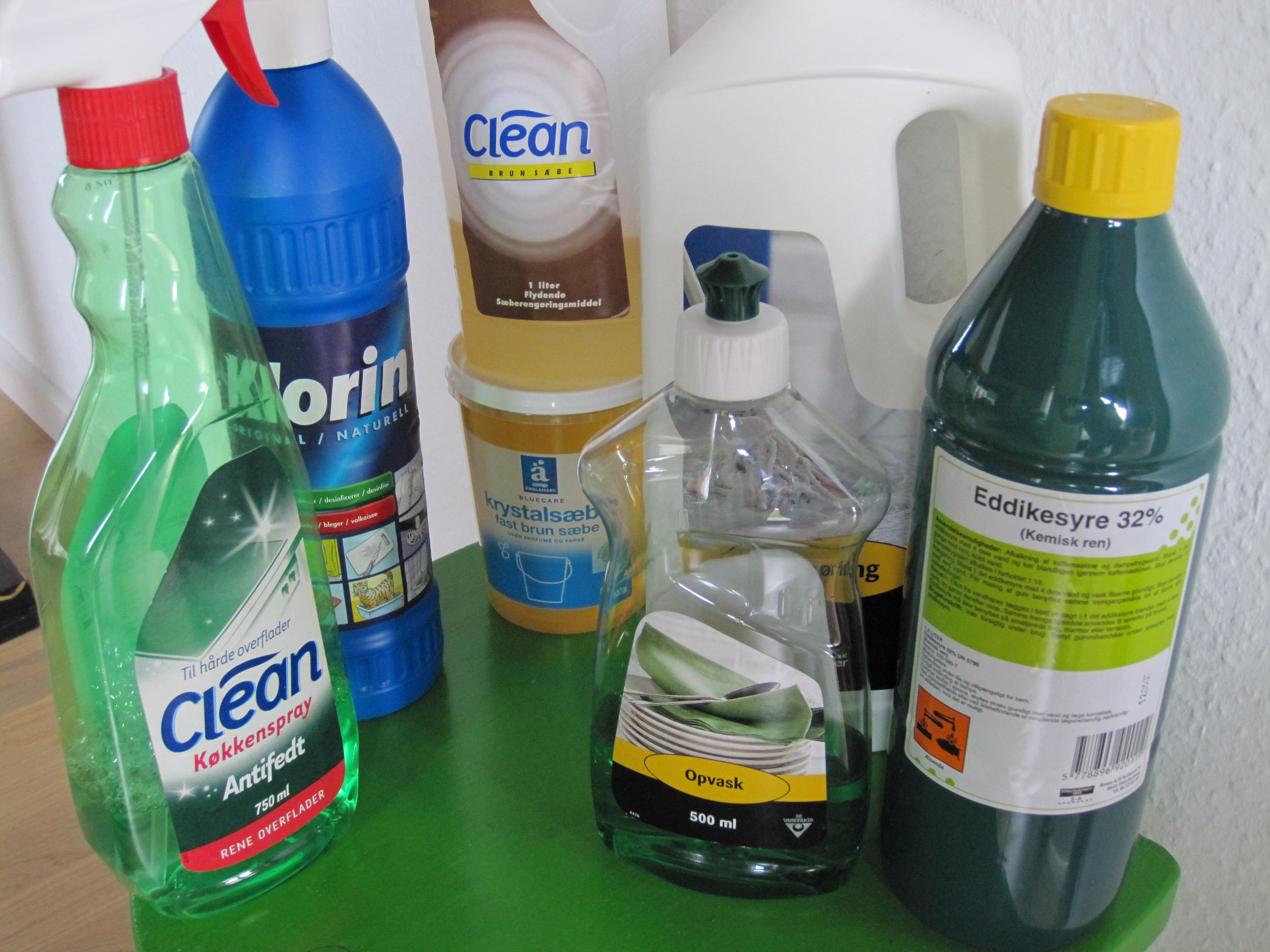 Rengøringsmidler 066
